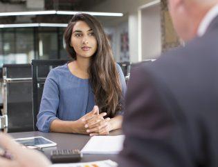 customer meeting with financial advisor
