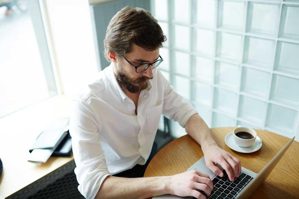 Looking-online