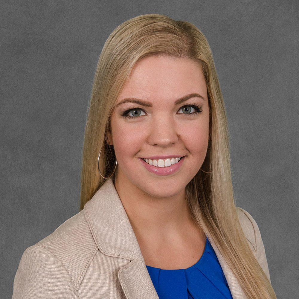 Shaina Sutton - Associate Recruiter